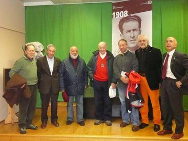 Con il Cai di Pordenone che ha festeggiato il centenario di Raffaele Carlesso anche Lacedelli e Perlotto, al centro della foto
